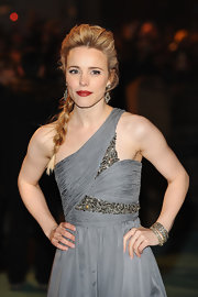 Rachel McAdams opted for a woven hairstyle at the premiere of 'Sherlock Holmes.' Her long braid was the perfect way to add interest to her look.