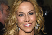 Sheryl Crow Medium Curls