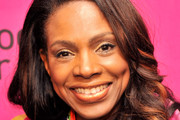 Sheryl Lee Ralph Long Wavy Cut