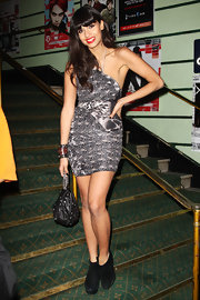 Jameela Jamil donned a foxy one-shouldered abstract print mini dress for the Shockwaves NME Awards 2011 in London.