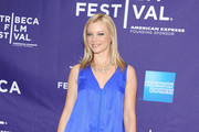 Amy Smart Shines in Ippolita Chain Necklace