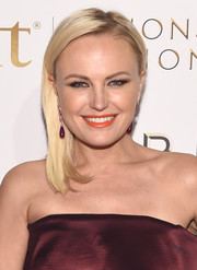 Malin Akerman wore her hair straight and swept to the side when she attended the premiere of 'Billions' season 2.