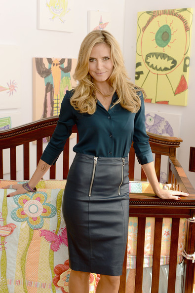 More Pics of Heidi Klum Button Down Shirt (3 of 6) - Heidi Klum Lookbook - StyleBistro