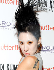 Eva Chen rocked this towering mohawk at Heidi Klum's Halloween party.