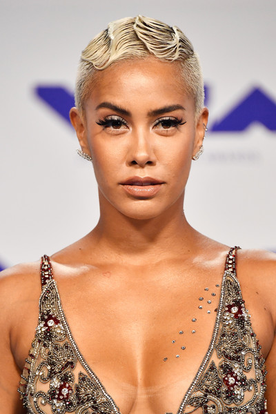 Sibley Scoles Finger Wave [hair,fashion model,beauty,eyebrow,human hair color,jewellery,hairstyle,model,fashion,blond,arrivals,sibley scoles,mtv video music awards,inglewood,california,the forum]