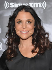 At Studio 54, Bethenny Frankel went for the dramatic, eye enhancing effect of false lashes.