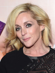 Jane Krakowski attended the New York premiere of 'Sisters' wearing her hair in a cute bob.