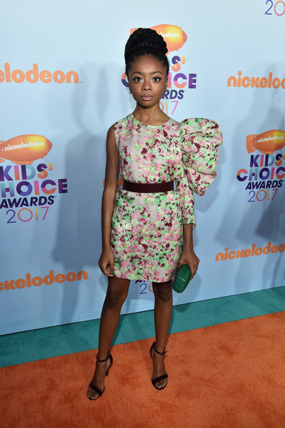 Skai Jackson Evening Sandals [red carpet,clothing,red carpet,dress,carpet,hairstyle,yellow,fashion,cocktail dress,flooring,premiere,skai jackson,kids choice awards,california,los angeles,usc galen center,nickelodeon]
