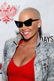 Amber Rose wore a glossy bubblegum pink lipstick while attending the Smirnoff Master of the Mix finale viewing party.