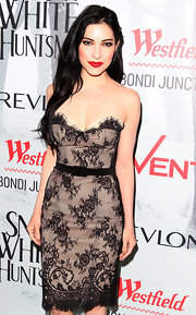 Lisa Origliasso looked stunning in a lace dress at the premiere of 'Snow White & The Huntsman.'