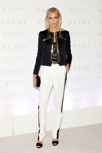 More Pics of Anja Rubik Blazer (1 of 6) - Blazer Lookbook - StyleBistro