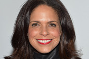 Soledad O'Brien Medium Layered Cut