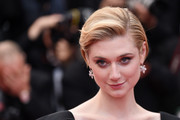 Elizabeth Debicki looked sweet wearing this short bob with the sides tucked behind her ears at the Cannes screening of 'Solo: A Star Wars Story.'