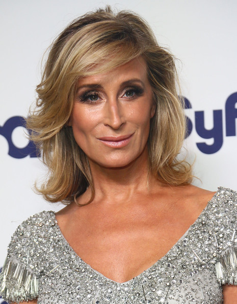 Sonja Morgan Medium Wavy Cut
