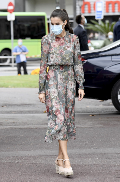 Queen Letizia of Spain paired cream espadrille wedges by Macarena with a lovely floral frock for her tour of Bilbao.