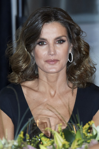 More Pics of Queen Letizia of Spain Cocktail Dress (5 of 24) - Queen Letizia of Spain Lookbook - StyleBistro [royals,letizia,francisco cerecedo,francisco cerecedo journalism awards,journalism award,hair,face,hairstyle,eyebrow,beauty,chin,brown hair,blond,long hair,lip,spanish,spain,madrid,palace hotel]