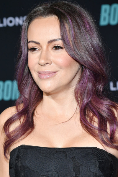 Alyssa Milano looked cool with her purple-dyed waves at the special screening of 'Bombshell.'