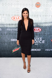 Liz Hernandez showed some cleavage in a deep-V LBD during Spike TV's Guys Choice 2015.