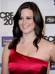 Katie was all smiles as she showed off her radiant curls at Spike TV's Scream Awards.