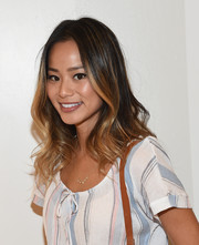 Jamie Chung styled her hair with soft, feminine waves for the Splendid Tanktastic event.