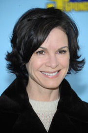 Elizabeth Vargas styled her hair into a layered razor cut for the world premiere of 'The Spongebob Movie: Sponge Out of Water.'