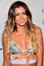 What's the perfect hairstyle for a pro surfer?  Beachy ombre waves of course!