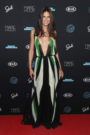Bianca Balti took a daring plunge with this TRE by Natalie Ratabesi deep-V gown at the Sports Illustrated Swimsuit 2018 launch event.