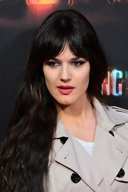 Sara Vega opted for a pink shade to make her full lips pop even more at the 'Spring Breakers' premiere.