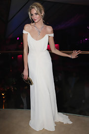 Tamsin Egerton embodied pure elegance at the 'St. Trinian' after-party wearing a flowy off-the-shoulder gown.