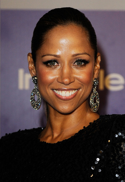 Stacey Dash Dangling Diamond Earrings