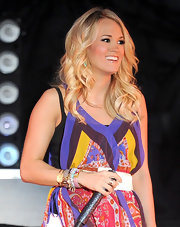 Carrie Underwood rocked the stage at Stagecoach in a printed frock paired with curly blond locks.