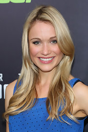Katrina Bowden stuck to a simple layered 'do at the NYC screening of 'Star Trek Into Darkness.'