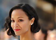 Zoe Saldana nailed the faux bob-look at the 'Star Trek Into Darkness' premiere in London.