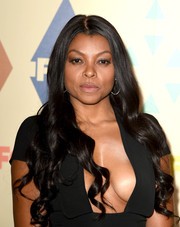 Taraji P. Henson was equal parts sweet and sultry at the Fox All-Star Party with her long curls and cleavage-baring outfit.