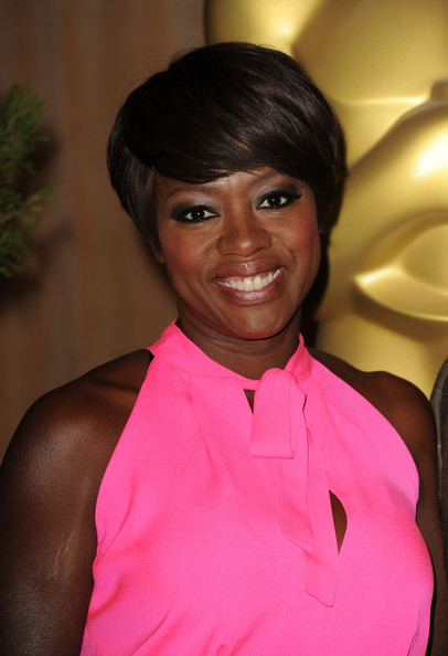 More Pics of Viola Davis Smoky Eyes (1 of 13) - Viola Davis Lookbook - StyleBistro