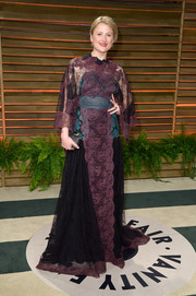 Mamie Gummer looked diva-ish in a voluminous purple lace gown during the Vanity Fair Oscar party.