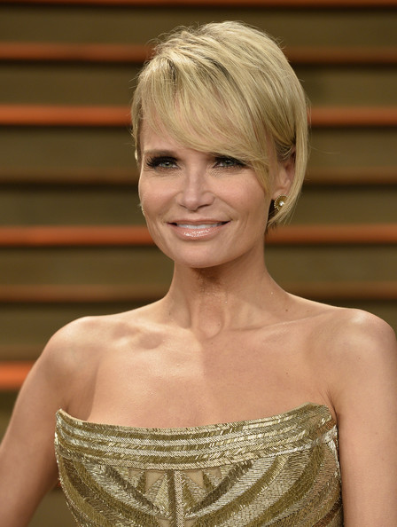 More Pics of Kristin Chenoweth Short Cut With Bangs (1 of 8) - Kristin Chenoweth Lookbook - StyleBistro