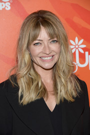 Rebecca Gayheart sported casual waves with parted bangs at the Inspiration Awards.