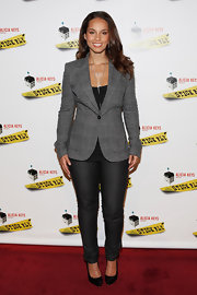 Alicia Keys looked sharp at the 'Stick Fly' premiere in a gray tweed blazer.