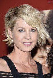 Jenna Elfman sported punky short waves at the 'Big Stone Gap' screening in New York.