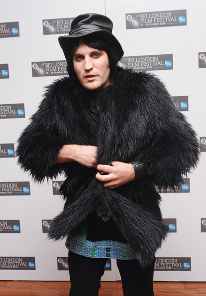 More Pics of Noel Fielding Fur Coat (1 of 4) - Fur Coat Lookbook - StyleBistro