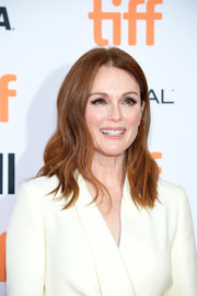Julianne Moore wore soft waves with an off-center part at the TIFF premiere of 'Suburbicon.'