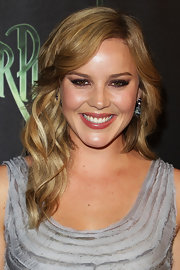 Abbie Cornish rocked soft curls at the Australian premiere of 'Sucker Punch'.