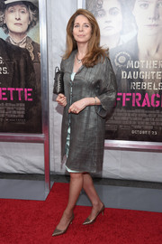 Queen Noor made an appearance at the 'Suffragette' New York premiere wearing an elegant gray silk coat.
