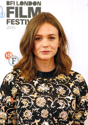 Carey Mulligan wore a lovely wavy 'do at the 'Suffragette' photocall.