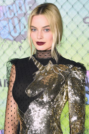 Margot Robbie worked a dark red lip at the world premiere of 'Suicide Squad.'