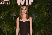 Suki Waterhouse Form-Fitting Dress