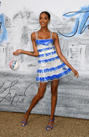 Jourdan Dunn complemented her dress with strappy blue heels.