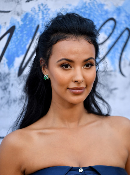 Maya Jama sported a casual half-up hairstyle at the 2019 Serpentine Gallery Summer Party.