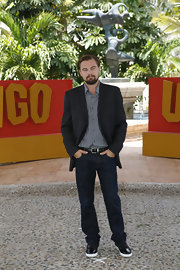 Leonardo DiCaprio teamed jeans with a blazer and button-down for the 'Django Unchained' photocall.